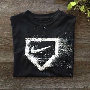 Nike Dri-FIT Shirt  Boys Size L Black
